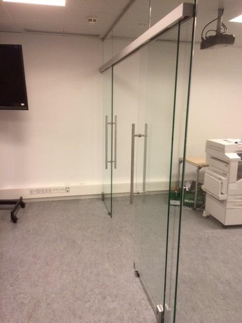 LE Glas, glasvægge og glasdøre