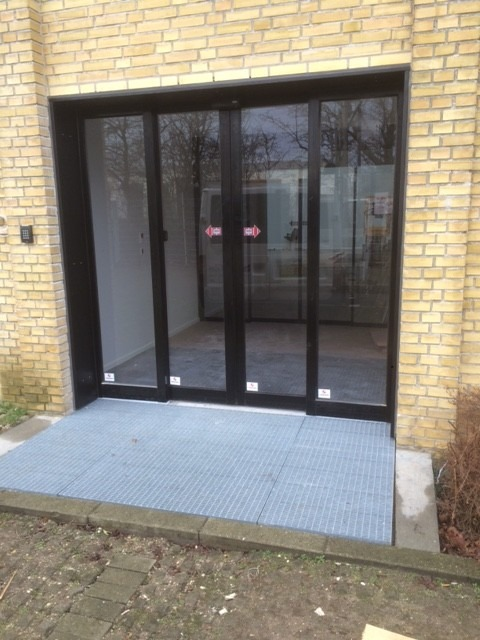 Automatiske dobbelt døre fra LE Glas