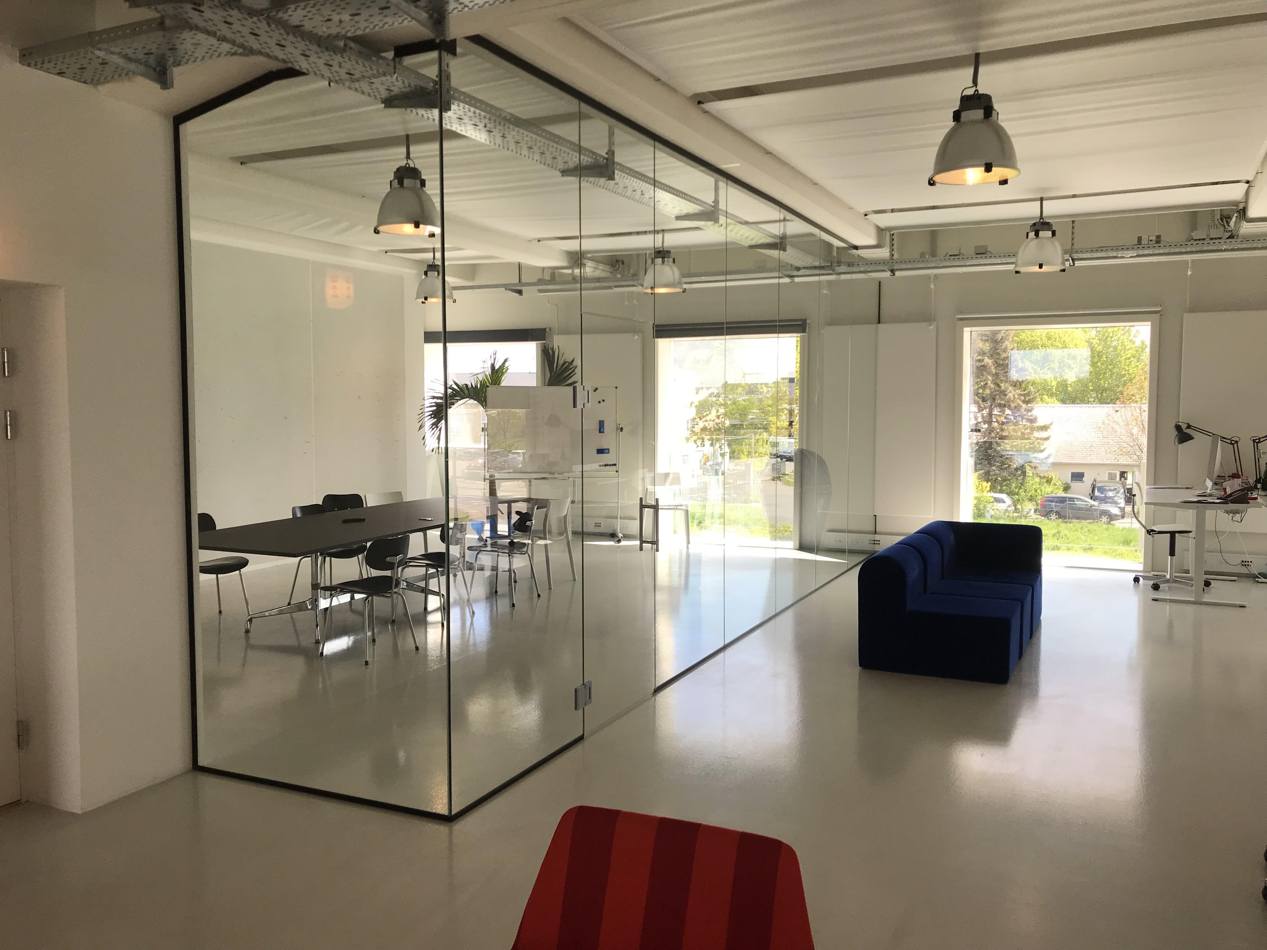 Glasvæg løsning til kontoret